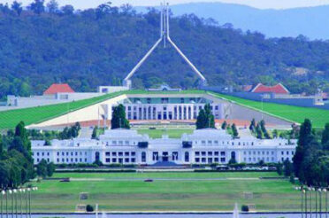 Canberra Day Tour
